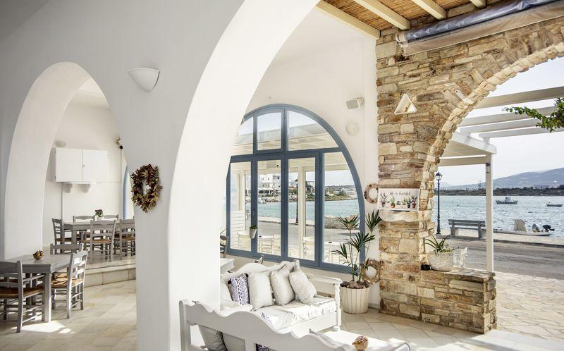 Fina hotell Mantalena på Antiparos, Grekland.