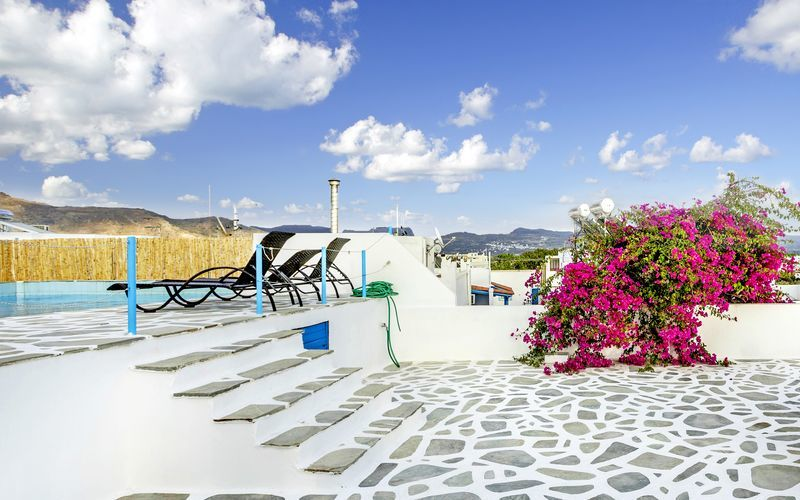 Poolen på hotell Mare Naxia på Naxos, Grekland.