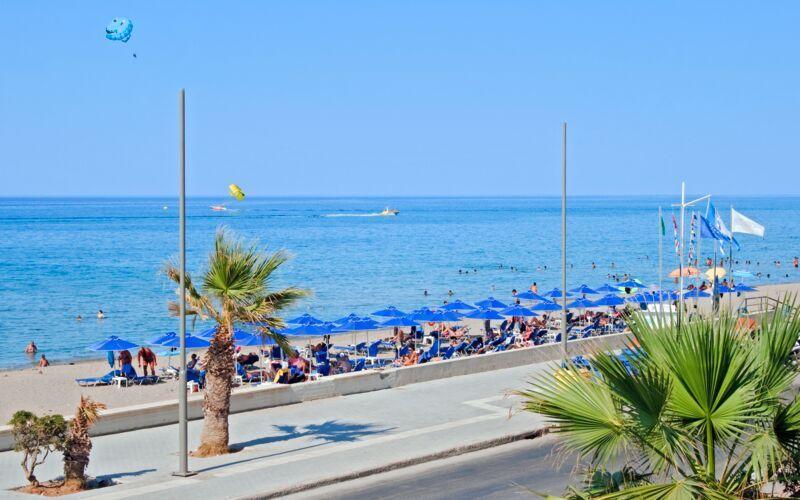 Stranden vid hotell Marel i Rethymnon, Kreta.