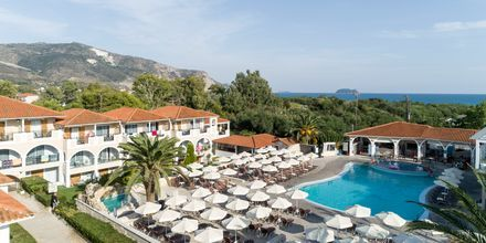 Poolområde på hotell Marelen i Kalamaki, Zakynthos, Grekland.