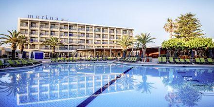Poolen på hotell Marina Beach i Gouves, Kreta.