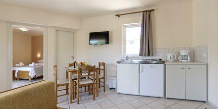 Tvårumslägenhet i ny del på hotell Mary, Kreta.