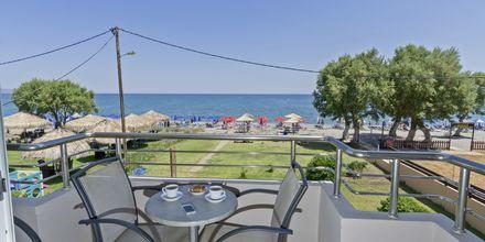 Balkong med havsutsikt på hotell Mary, Kreta.