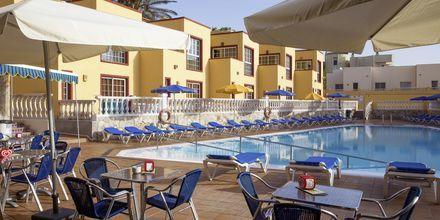 Poolområdet på hotell Maxorata Beach i Corralejo, Fuerteventura.
