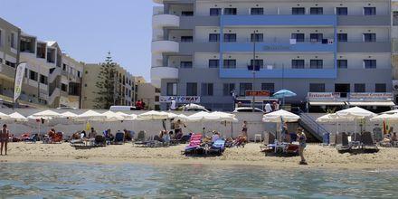 Stranden vid hotell Medusa i Rethymnon, Kreta.