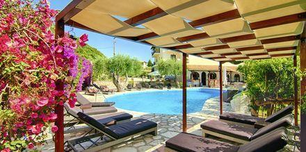 Pool på hotell Mega Ammos i Sivota, Grekland.