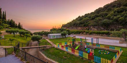 Lekplats på hotell Mega Ammos i Sivota, Grekland.