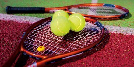 Tennisbanor på hotell Melas Resort i Side, Turkiet.