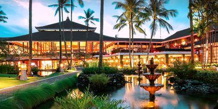 Kväll på hotell Melia Bali Villas & Spa i Nusa Dua, Bali.