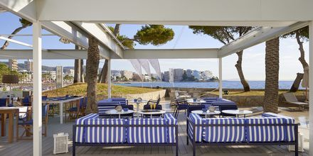 Beach club och restaurang Cape Nao på hotell Melia Calvia Beach, Mallorca.