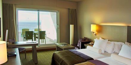 Dubbelrum på hotell Melia Madeira Mare i Funchal på Madeira, Portugal.
