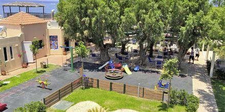 Lekplats på hotell Melina Beach i Platanias på Kreta, Grekland.