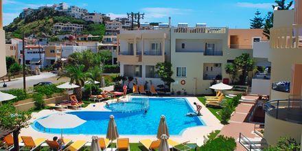Poolen på hotell Melina Beach som gäster på Kydonia får nyttja.