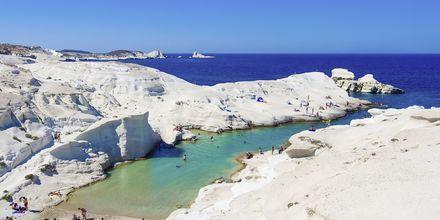 Sarankiniko-stranden på Milos, Grekland.