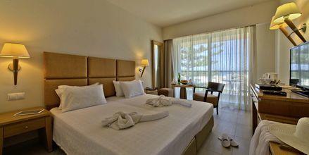 Deluxerum på hotell Minos i Rethymnon, Kreta.