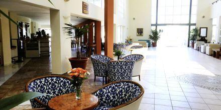 Lobby på hotell Minos Mare i Rethymnon på Kreta, Grekland.