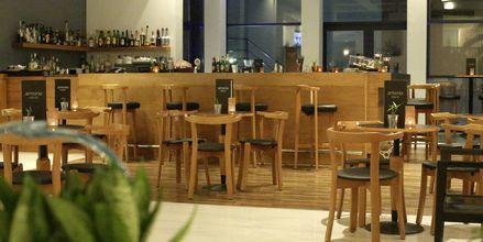Bar på Minos Mare Royal.