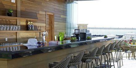 Poolbaren på Laguna Resort & Spa i Anissaras på Kreta.