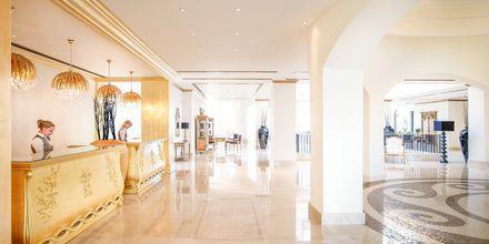 Lobby på hotell Laguna Resort & Spa i Anissaras.