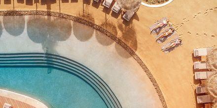 Poolområdet på hotell Mitsis Norida Beach Hotel i Kardamena på Kos, Grekland.