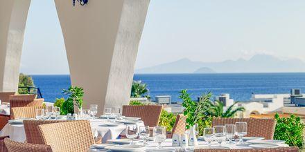 Huvudrestaurangen på hotell Mitsis Norida Beach Hotel i Kardamena på Kos, Grekland.