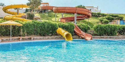 Vattenrutschkanor på hotell Mitsis Norida Beach Hotel i Kardamena på Kos, Grekland.