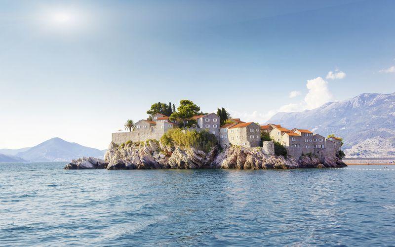 Ön Sveti Stefan i Montenegro.
