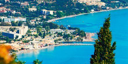 Utsikt över Moraitika på Korfu, Grekland.