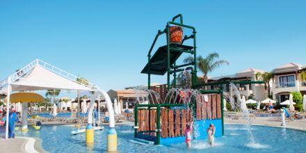 Barnpoolen på Hotell Mythos Beach Resort i Afandou på Rhodos.