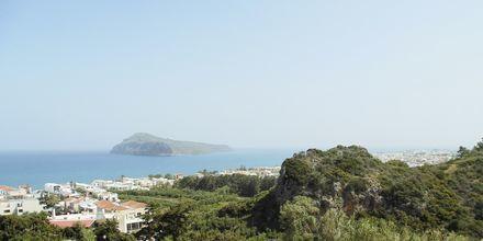 Utsikt mot havet från Pano Platanias på Kreta.