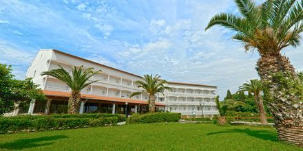 Hotell Livadi Nafsika i Dassia på Korfu, Grekland.