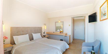 Dubbelrum på hotell Livadi Nafsika i Dassia på Korfu, Grekland.