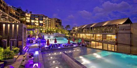 Poolområdet på hotell Sunsuri Phuket.