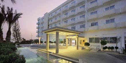 Entré på hotell Nestor i Ayia Napa, Cypern.