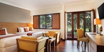 Deluxerum på hotell Nikko Bali Benoa Beach i Tanjung Benoa, Bali.
