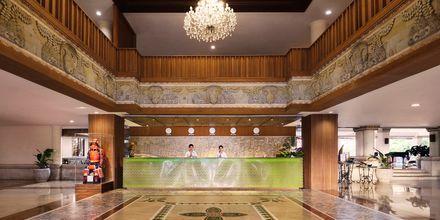 Lobby på hotell Nikko Bali Benoa Beach i Tanjung Benoa, Bali.
