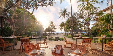 Restaurang Grand Benoa på hotell Nikko Bali Benoa Beach i Tanjung Benoa, Bali.