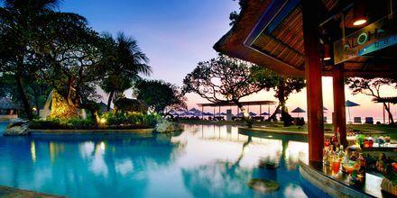 Pool på hotell Nikko Bali Benoa Beach i Tanjung Benoa, Bali.
