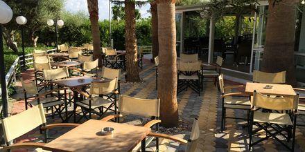 Snackbar på hotell Nikolas Villas vid Hersonissos på Kreta.