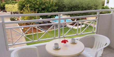 Balkong på hotell Nikolas Villas vid Hersonissos på Kreta.