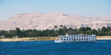 Njut av Nilens vackra omgivningar.