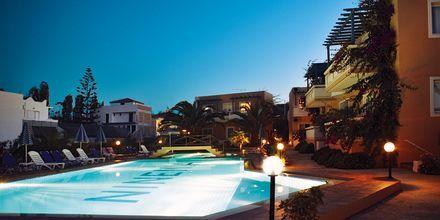 Hotell Ninemia Beach i Agia Marina, Kreta.