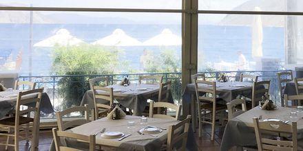 Restaurangen på hotell Nireus på Symi, Grekland.