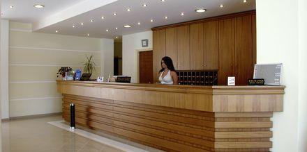 Reception på hotell Nontas på Kreta, Grekland