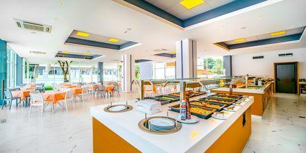 Restaurang på hotell Oceanis Park i Ixia på Rhodos, Grekland.