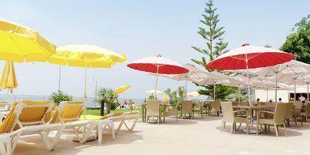 Snackbaren på hotell Orca Praia i Funchal på Madeira, Portugal.