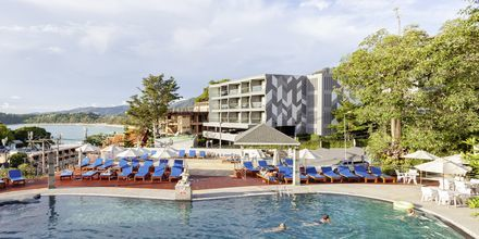 Pool på Orchidacea Resort vid Kata Beach, Phuket, Thailand.