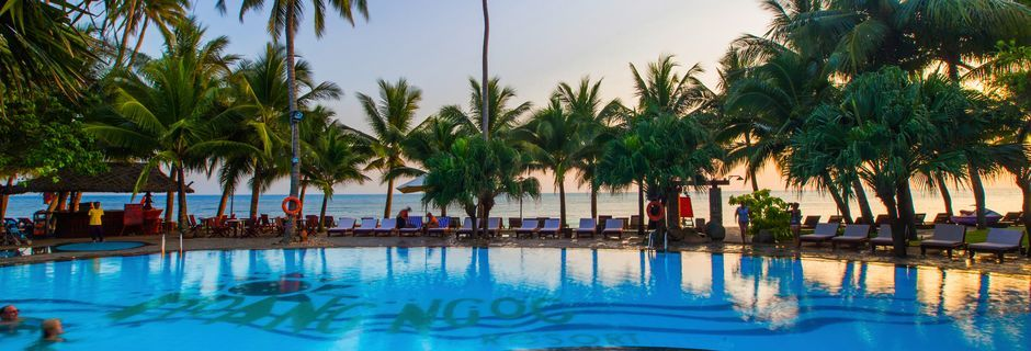 Poolen på hotell Oriental Pearl Resort i Phan Thiet, Vietnam.