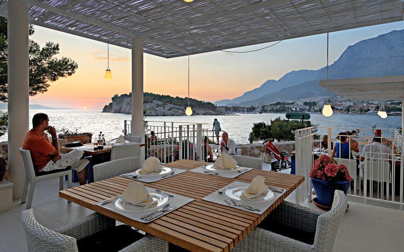 Restaurang på Hotell Osejava i Makarska, Kroatien.