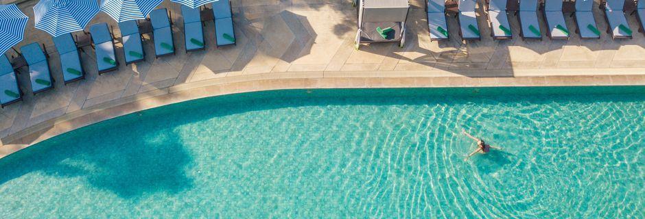 Poolområde på Pakasai Resort i Ao Nang, Thailand.